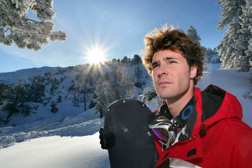 Portrait d'un homme à la neige