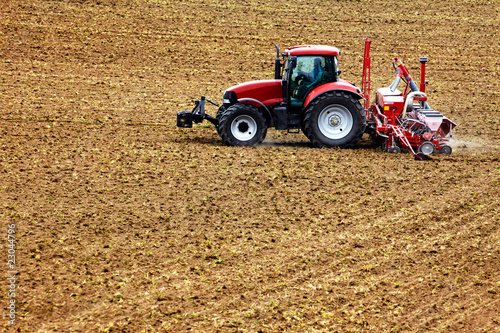 tractor with corn seed drill 01