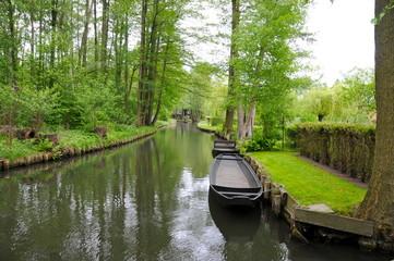 Kanal Spreewald mit Kahn