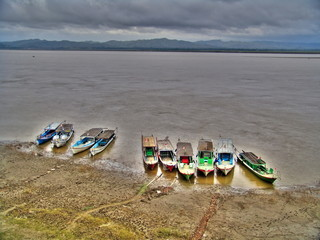 Myanmar - Ayeyarwady river banks