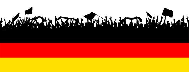 Deutschlandfahne mit Fans