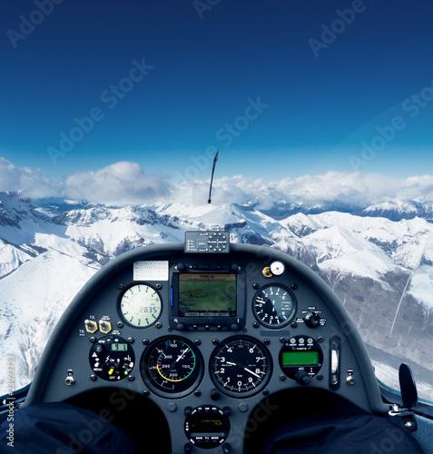 Leinwanddruck Bild Glider over the alps