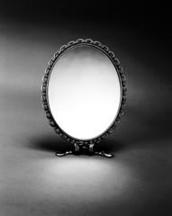 手鏡 モノクロ