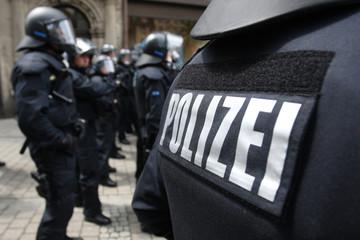 Polizeischutzkleidung