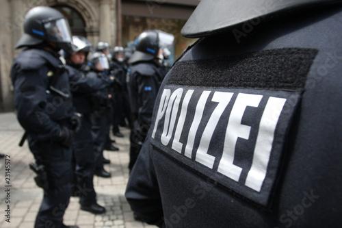 Leinwanddruck Bild Polizeischutzkleidung