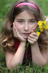 Rêverie de printemps (fille 10 ans)