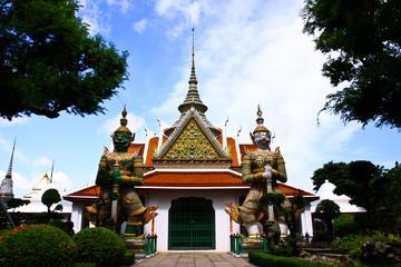 Guardian statue at wat phra kaeo ,thailand