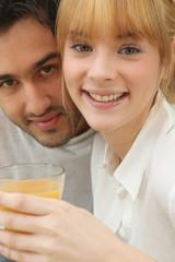 Portrait d'un couple au petit déjeuner