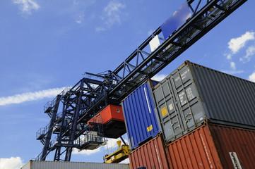 heavy-duty crane
