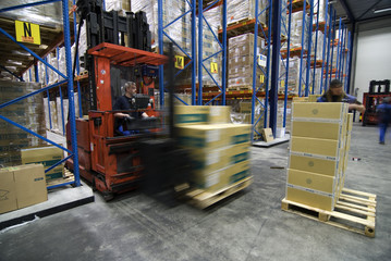 Lifting cargo logistics and moving boxes