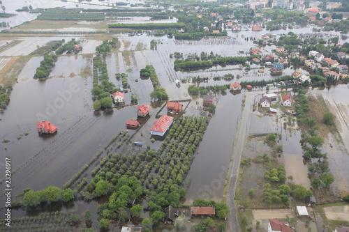 Powódź Polska Sandomierz 04.06.2010 helikopter - 23296917