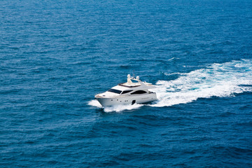 The speeding boat