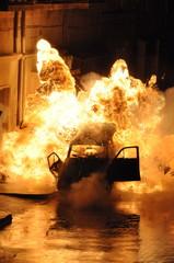 explosion voiture