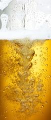 Bierfond mit Tropfen 9