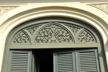 Green Vent Door Arch Pattern