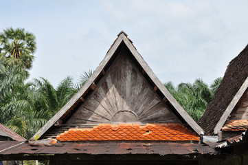 Old Top Roof Triangle Wood