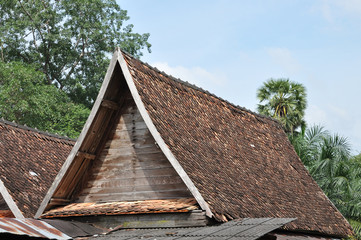 Top Roof Earthenware Tile