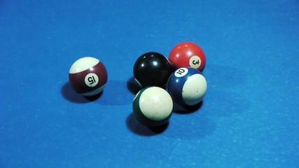 Pool balls separating during break - Sport - Leisure