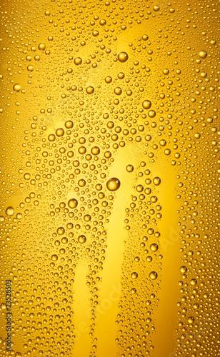 Bierfond mit Tropfen 31