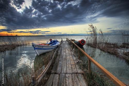 Deurstickers Pier barcas en el embarcadero