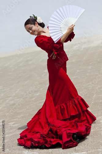Traditional Woman Spanish Flamenco Dancer In Red Dress With Fan Plakát