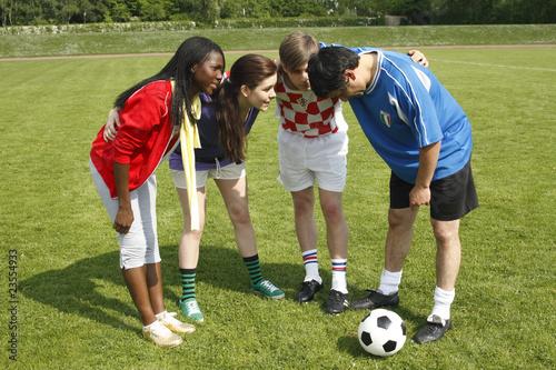 Teambesprechung, internationales Team