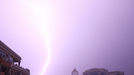 Lightning in the city (HD)