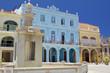 Edifici colorati nella Piazza Vecchia ,Havana