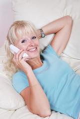 Portrait jeune femme blonde