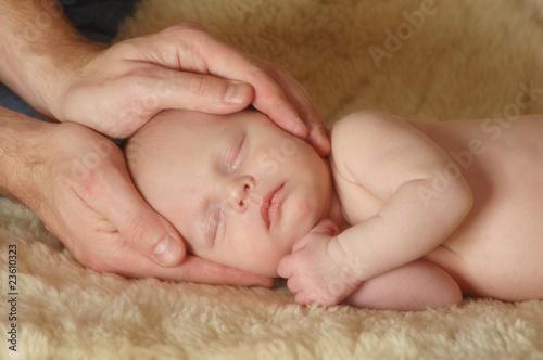 Fototapeten,osteopathie,baby,familie,schlafen