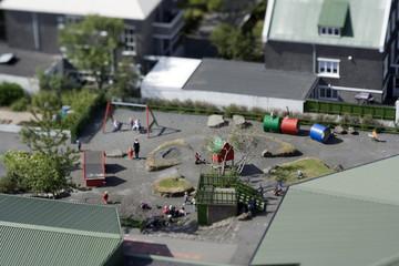 Kinderspielplatz - Reale Tiltshift Aufnahme, kein Modell