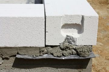 Frisches Mauerwerk