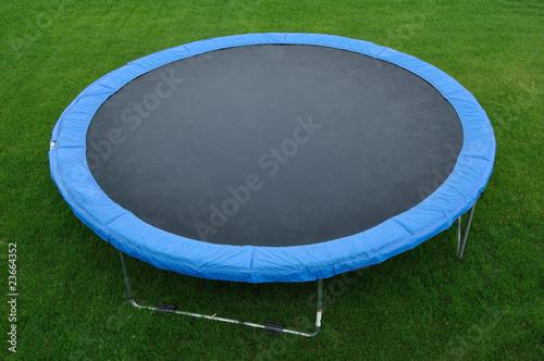 Round Trampoline - 23664352