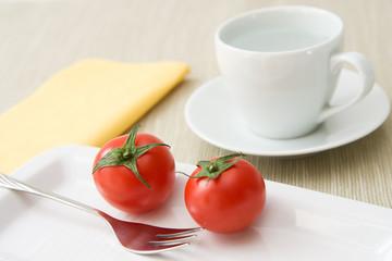 Tomaten und Wasser