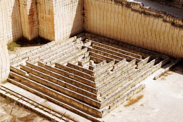 Sandstone maze