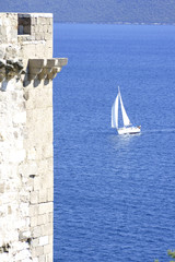 Kind from a fortress on the sea.