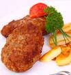 hackfleisch-frikadellen mit bratkartoffeln