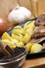 gegrillte Schweinerippchen mit Rosmarin kartoffeln