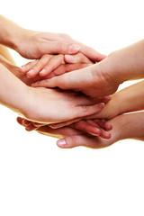 Viele Hände aufeinander