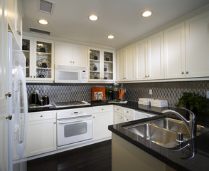 Kitchen with Tiled Backsplash