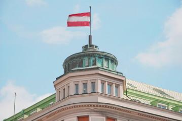 bandiera sul tetto