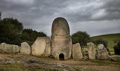 Monumento megalitico (Cerdeña)