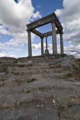 Monumento religioso de los cuatro postes en Avila.