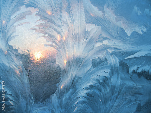 frost and sun - 23778177
