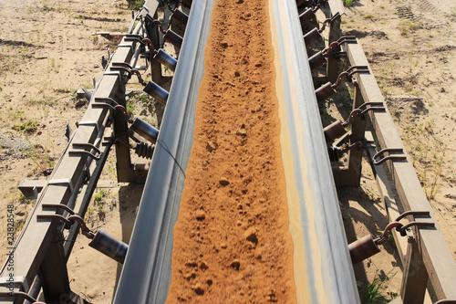 Tagebau-Transportband & Geröll
