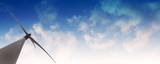 Wind Energie mit Himmel