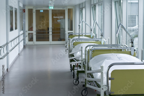 Leinwanddruck Bild Krankenhaus