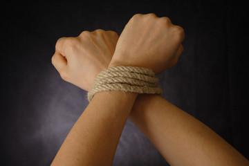 bind hand