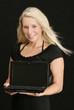 Frau mit Netbook
