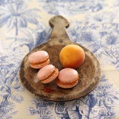 apricot and saffron macaroons
